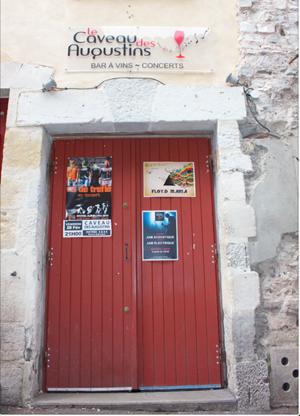 Situé près de la Rue des Basques à Bayonne
